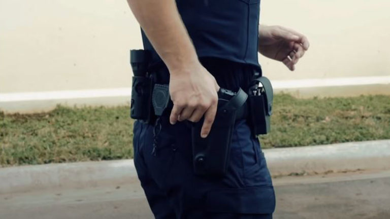 Top 3 Best Universal Holster Reviews In 2021
